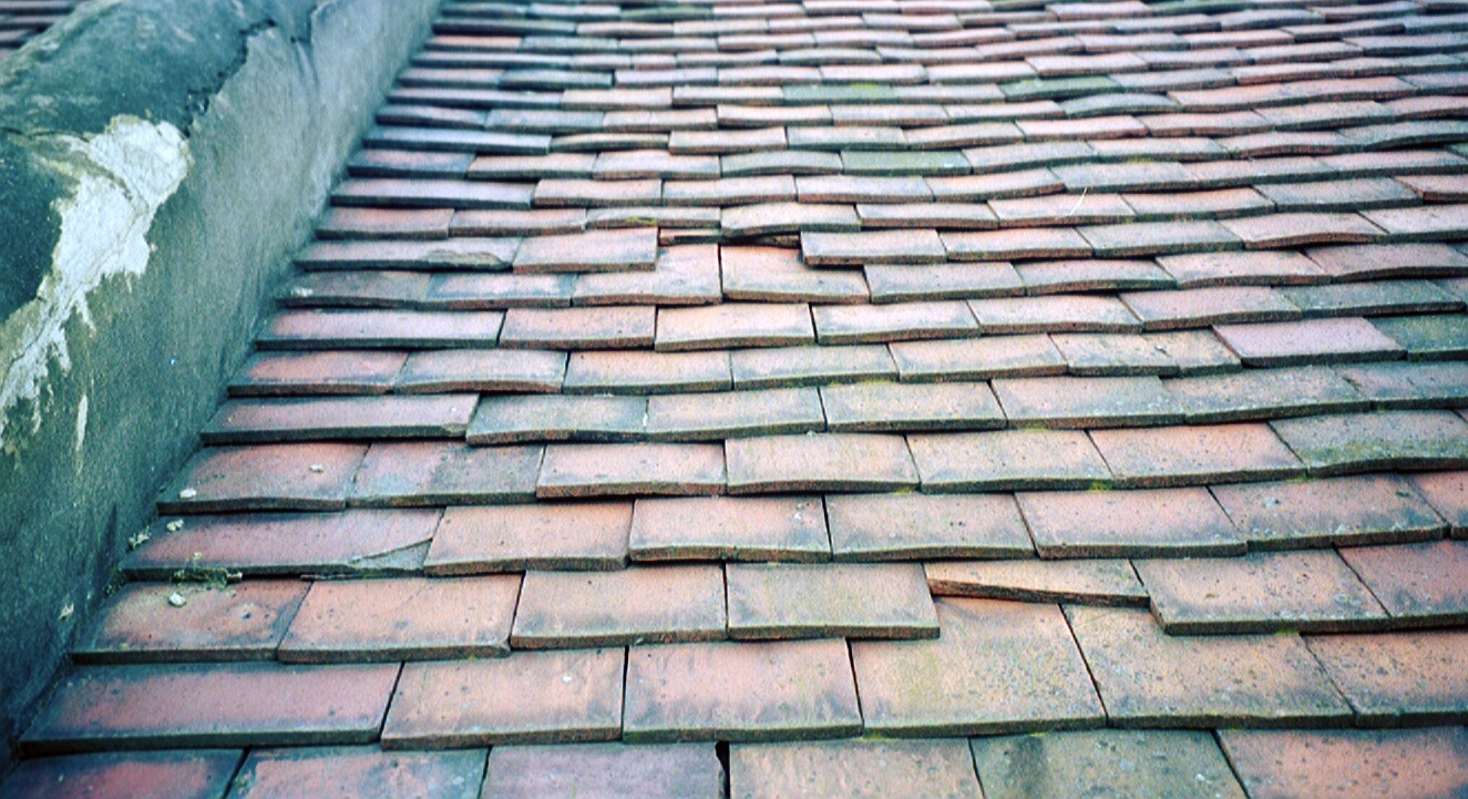 Reclaimed Clay Tiles Amp Slate The Roofing Crew